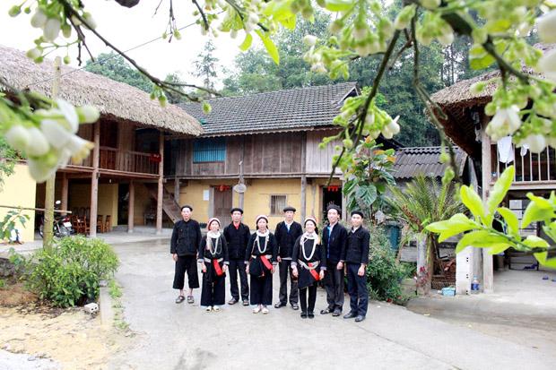Homestay tại Làng Văn Hóa du lịch Nặm Đăm
